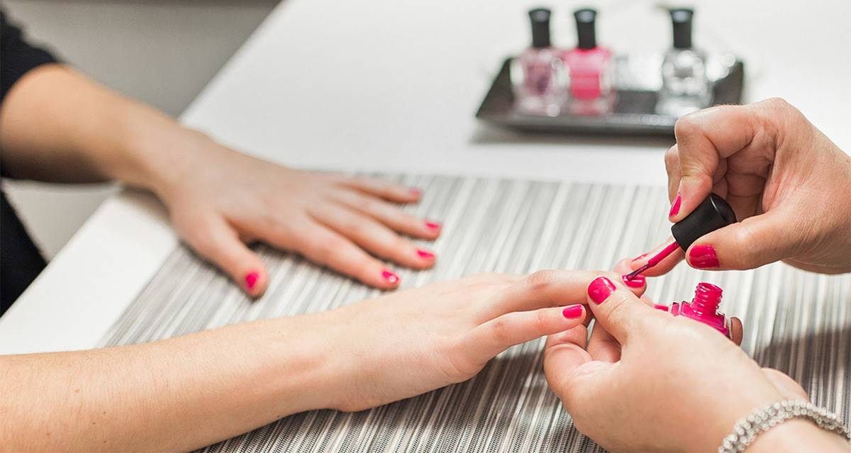 What is shellac nails ?